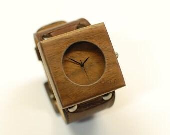 Teenu walnut watch