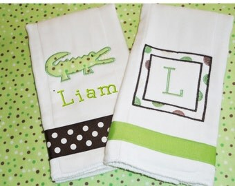 Alligator Burp Cloth - Personalized Burp - Personalized Baby - Monogrammed Baby - Polka Dot - Receiving Blanket - Baby Gift Ideas - 0010315