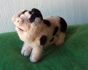 Needle felted Gloucester old spot pig