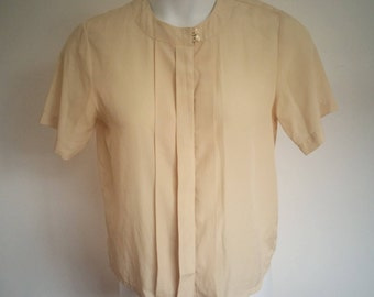 Vintage Women's Neutral Colored Short Sleeve, Button Up Blouse Size 8