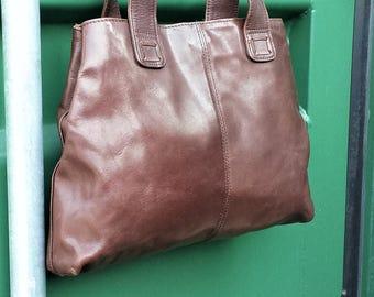 Van Dal brown leather Tote Bag / Purse, Brown leather shoulder bag, Van Dal Vintage Bag, Van Dal Tote Bag,  Chocolate Brown leather Tote