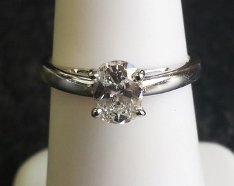 0.66ct Oval Solitaire Engagement Ring 14k White Gold G SI2