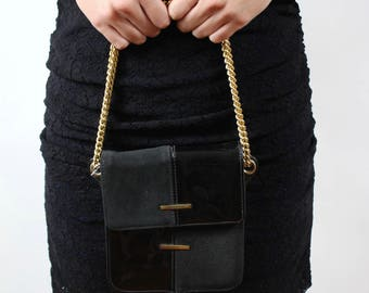 Small bag vintage black leather & gold chain Made in France