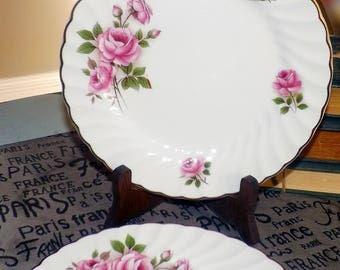Early mid-century (c.1940s) Johnson Brothers Lynmere salad | dessert plate. Large, pink rose blooms, swirled verge, gold edge.