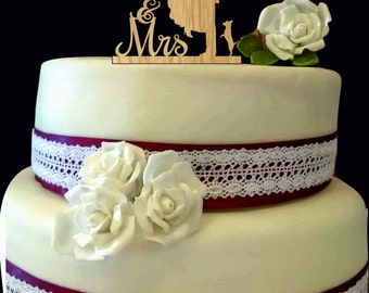 couple kissing, bride and groom wedding cake topper, Rustic Wedding cake topper, Mr and Mrs Wedding Cake Topper, Unique cake topper
