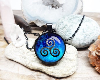 Teen wolf necklace teenwolf necklace teen wolf symbol blue triskelle necklace teen wolf jewelry triquetra pendant wolf jewelry teenwolf fan