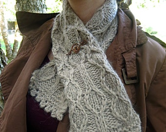 Hand knit baby alpaca scarf, beige scarf, tan scarf, light brown scarf, soft brown scarf, geometric scarf, diamonds scarf, copper scarf pin