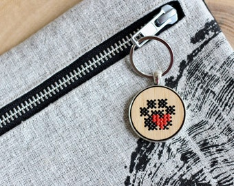 Paw Print Heart Cross Stitch Keychain Kit with Bamboo Wood * Modern Embroidery DIY Kit