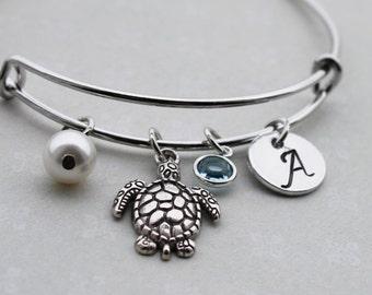 turtle bracelet, personalized turtle bracelet, turtle bangle, turtle theme gift, turtle initial bracelet, turtle charm bracelet, turtle