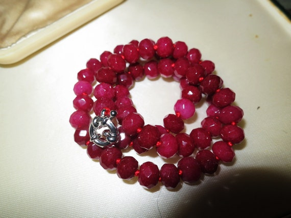 Beautiful knotted and faceted 7mm natural raw ruby necklace 16.5 inches