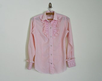 Vintage 70s pink ruffled western shirt with floral embroidery // Size XS