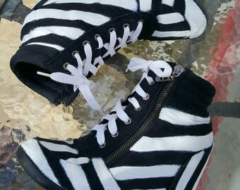 1/2 price gothtic sneakers ,black and white striped ankle shoes,handpainted  cosplay ankel boots, alice in wonderland sneakers ,Beetlejuice