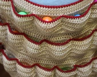Egg apron, egg collecting apron, crochet egg apron, reinforced apron, egg harvesting, egg pockets, Eggcellent Apron