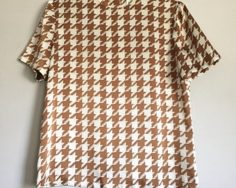Kasper for A.S.L. Women's Top - Brown and White Satin Houndstooth Design - Vintage Blouses - Vintage Work Attire - Size 6