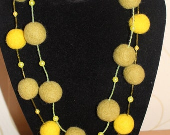 Felted wool Necklace- HANDMADE -  Beads.