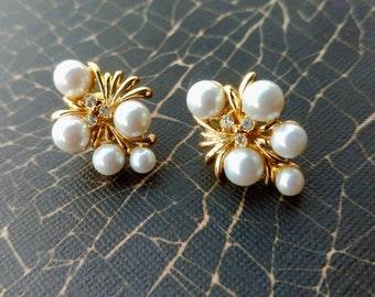 Vintage Pearl Stud Earrings, Stud Earrings, Vintage Jewelry, Earrings, Vintage Earrings, Pearl Earrings, June Birthstone Jewelry