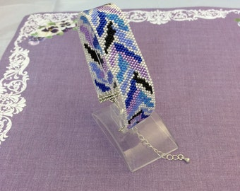 Delicate Peyote Bracelet in blues and purples. Ideal present for Mothers day,or for the lady in your life
