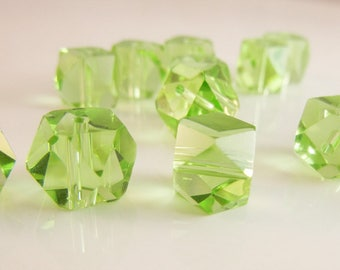 Peridot Green Faceted Glass Beads (15pcs)