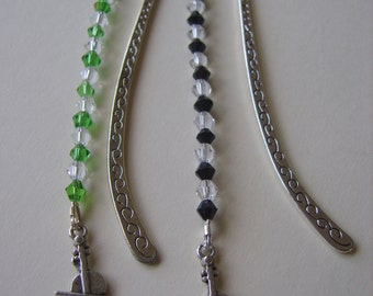 Violin beaded bookmark, fiddle beaded  bookmark, violin bookmark, fiddle bookmark, music bookmark, violin gift, music gift, sparkly bookmark