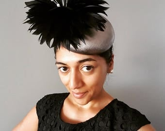 Metallic gun metal / pewter / dark silver genuine leather headpiece / fascinator / hat with black feather flower, ideal for the races