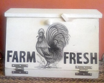 Bread Box,Farmhouse bread box, French country bread box, Rooster bread box, Country bread box, Food storage, Hand painted bread box