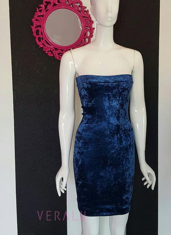 VERALU Royalty velvet dress
