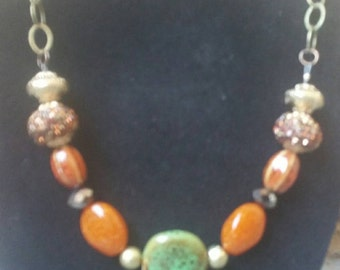 0090-Brown and Green stone necklace