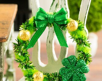 Green and Gold St. Patrick's Day Shamrock Wreath - 1:12 Dollhouse Miniature