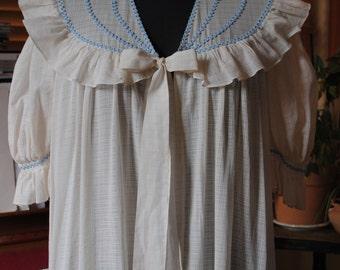 Bathrobe in ecru cotton 1950