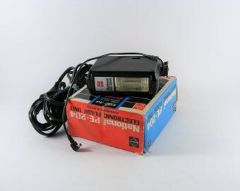 National PE 204 Vintage Electronic Flash Unit