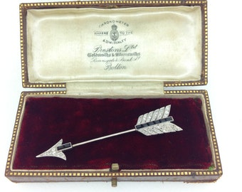 1930's Art Deco Diamond & Onyx Jabot Pin, Platinum