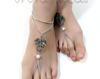 Dragon Barefoot Sandals. Silver Chain Foot Jewelry. Dragon Charms. White Pearl Beads Anklets. Beach Wedding. Daenerys jewelry. Set of 2