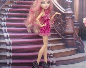 Shoes for Monste High dolls, Ever after high dolls