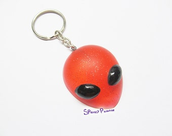Sparkly Red Resin Alien Head Keychain, Sci fi Keychain, Science fiction, Alien Keychain, Alien, Resin, Extraterrestrial, Space, Keychain,