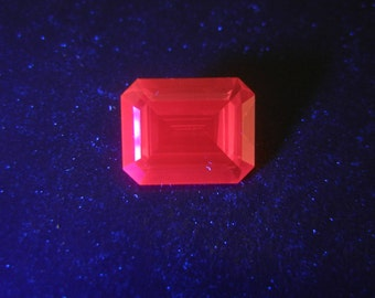 Rare Vintage UV Glow Emerald Cut Synthetic Ruby Red Gemstone, IF - 3.80 Ct, for Jewelry Making
