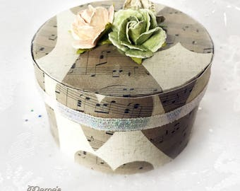 Gold Music Hearts Paper Mache Jewelry Box, Hearts, Musician, Valentine Themed, Trinket Boxes, Beautiful, Paper Roses, Birthday Gift, Script