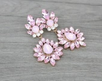 Rose gold Bridal earrings, Swarovski Crystal earrings, Bridal jewelry, Chandelier earrings, Statement earrings, Blush crystal earrings