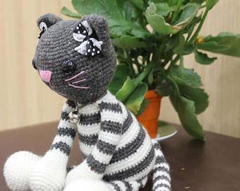 Cat Molly - Crochet Pattern