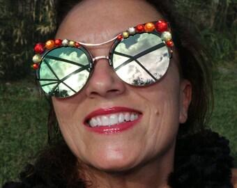 Fall Kitty sunglasses