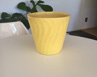 US Pottery Yellow Swirl Pot