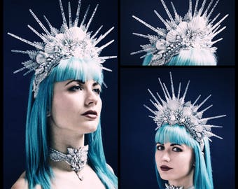 Arctic Siren Halo Headpiece - Silver Mermaid Crown with Resin Icicles and Scallop Shells, embellished with Scalloped Lace and Rhinestones