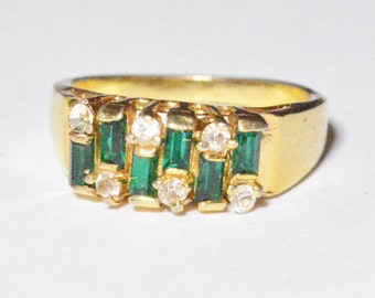 Vintage Gold Tone Green and White Gemstone Band Size 8.5