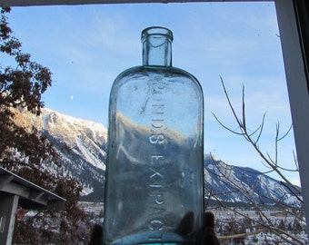 antique 1846 Pond's Extract apothecary bottle, aqua blue