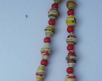My Style Paper Bead Necklace With Red Wooden Beads