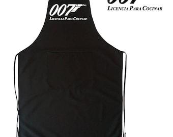 Apron black man with pockets. Parody James Bond 007 - licence to kill / cooking. Fun, original, geek, good gift.