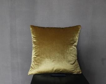 """Decorative Pillows Set """"Caramel Assorti"""" Made From Linen and Velvet"""