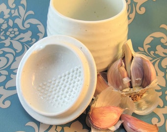 Garlic Grater, Garlic Keeper, Garlic Jar, Garlic Scraper, Garlic Pot, Garlic Storage Jar, Pottery, Handmade