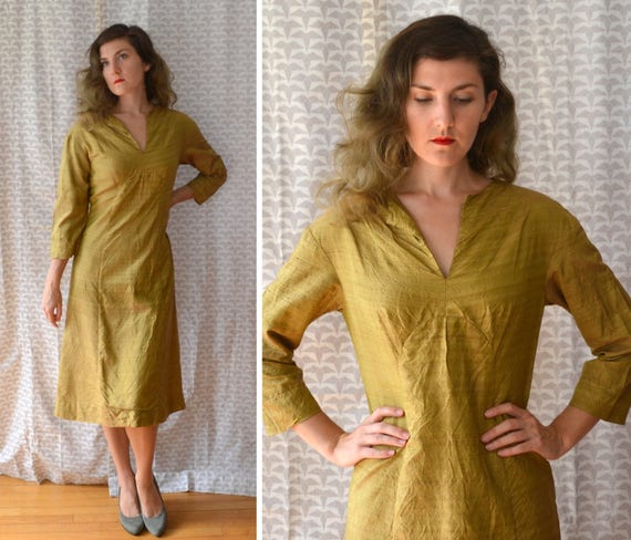 Evening in Bombay Dress | vintage 60's gold mod caftan dress | small