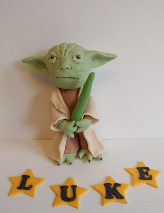 Queen Cake Decoration Letters : Yoda edible cake topper , decoration with name letters ...