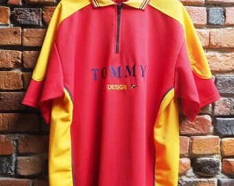 Men's 90s Tommy Hilfiger* Red And Yellow Polo Shirt T-shirt With Zip Collar Navy Blue Tommy Lettering Size XL X-Large
